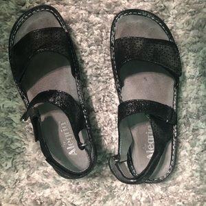 Black Alegría sandals